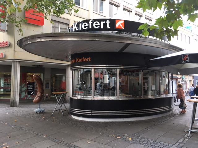 Verglasung von Imbiss Kiefert Bremen