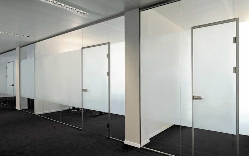 Bürotrennwaende aus Glas