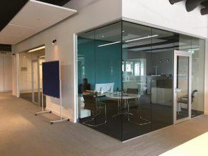 Wand aus Glas Büro